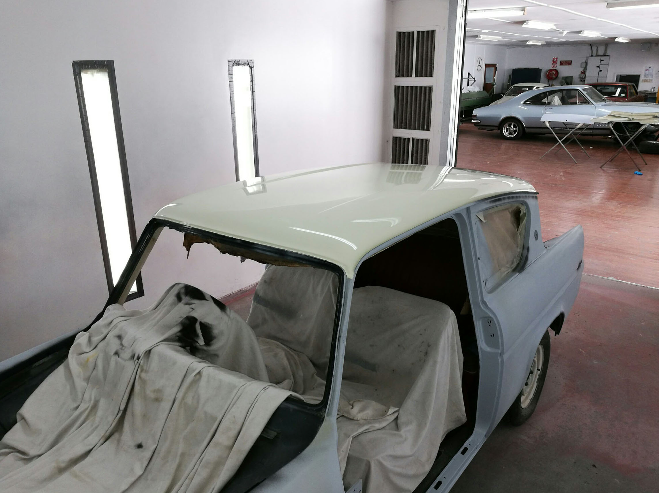 harry potter lives again ford anglia restoration the surgery classic car restoration. Black Bedroom Furniture Sets. Home Design Ideas
